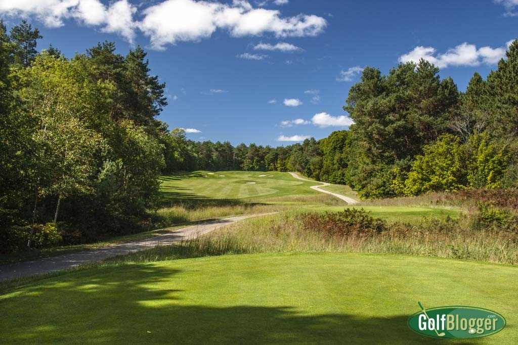 The fourth at True North is a 400 yard par 4